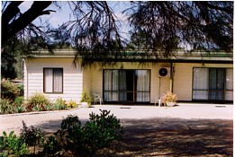 Casuarina Cabins - SA Accommodation