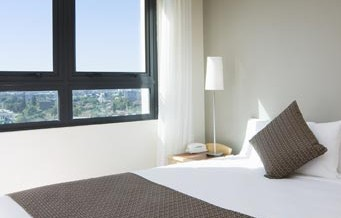 Pacific International Suites Parramatta - SA Accommodation