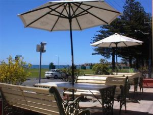 Anchorage At Victor Harbour Seafront Hotel - SA Accommodation