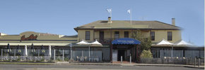 Barwon Heads Hotel - SA Accommodation