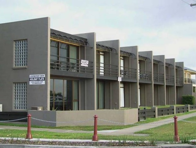 Centreport Units - SA Accommodation