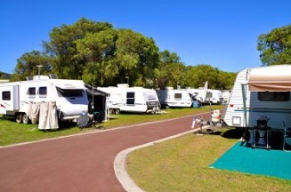 Emu Beach Holiday Park - SA Accommodation