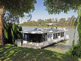 Moving Waters Self Contained Moored Houseboat - SA Accommodation