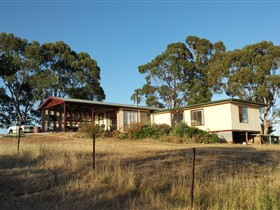 Clare View Accommodation - Clare View Cottage - SA Accommodation