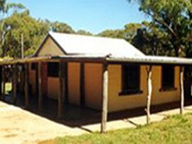 Southern Ocean Retreats - Goondooloo - SA Accommodation