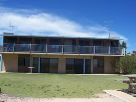 Moonta Bay Beach Villas - SA Accommodation