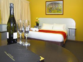 Victoria Hotel - Strathalbyn - SA Accommodation
