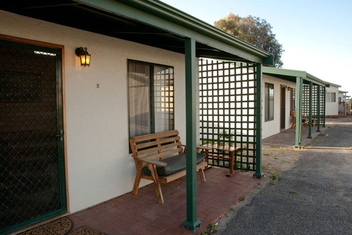 Moonta Bay Road Cabins and Cottages - SA Accommodation