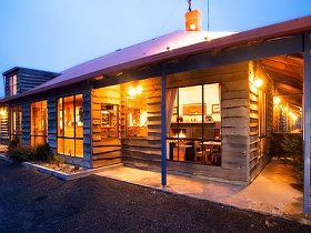 Central Highlands Lodge Accommodation - SA Accommodation