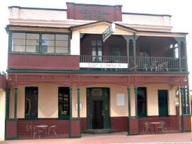 Central Hotel Zeehan - SA Accommodation