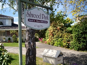Silwood Park Holiday Unit - SA Accommodation
