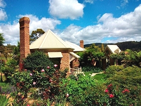 Moving Image Boutique Guest House - SA Accommodation
