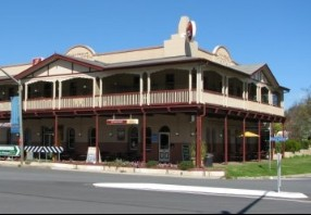 The Royal Hotel Adelong - SA Accommodation