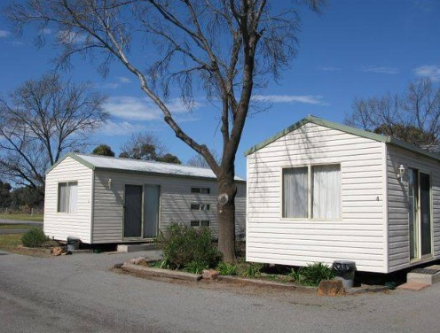 Leeton Caravan Park - SA Accommodation