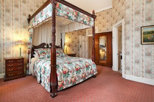 The Old George And Dragon Guesthouse - SA Accommodation