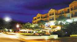 Airlie Beach Hotel - SA Accommodation