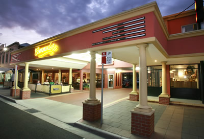 The Commodore Motor Inn - SA Accommodation