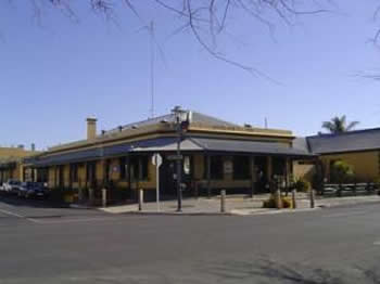 Woolshed Inn Hotel - SA Accommodation