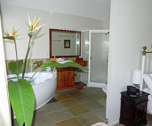 Airlie Waterfront Bed and Breakfast - SA Accommodation