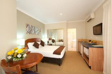 Pokolbin Hills Chateau Resort - SA Accommodation