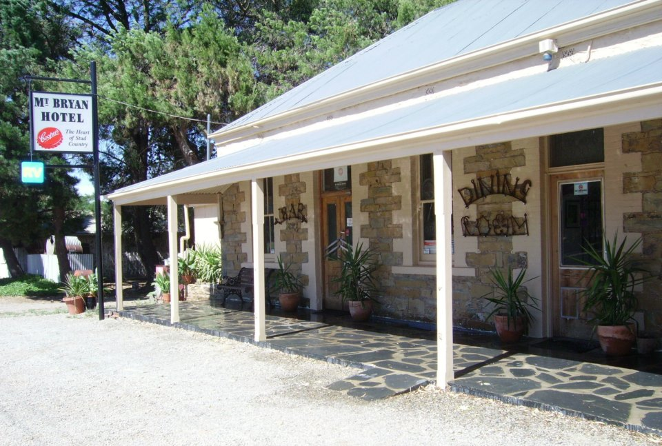 Mount Bryan Hotel - SA Accommodation