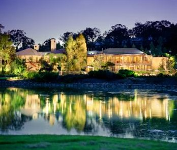 Cypress Lakes Resort - SA Accommodation