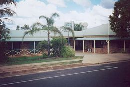 Clermont Motor Inn - SA Accommodation