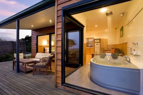 Coastal View Cabins - SA Accommodation