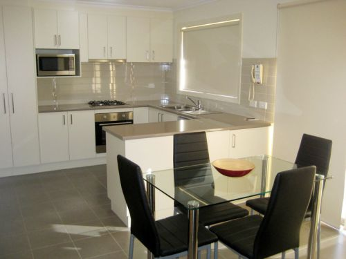 Midtown Serviced Apartments - SA Accommodation