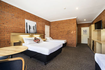 Archer Hotel Nowra - SA Accommodation