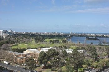 Apartments Melbourne Domain - South Melbourne - SA Accommodation
