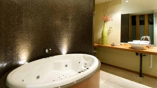 Hepburn Spa Pavilions - Saffron - SA Accommodation