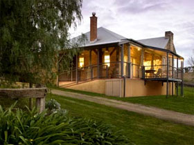 Longview Vineyard Homestead - SA Accommodation