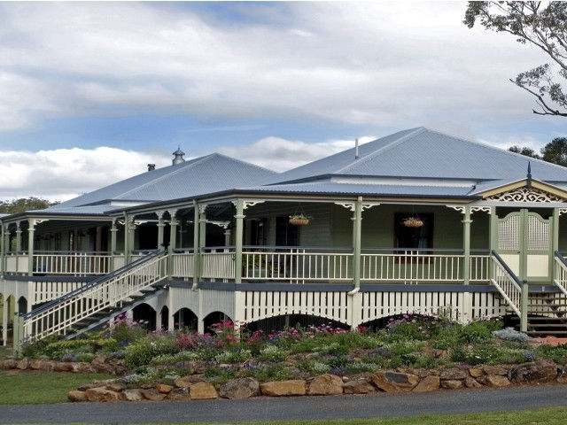 The Sanctuary Springbrook Guest House Cottage - SA Accommodation