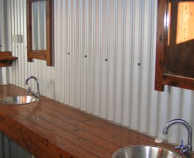Daly River Barra Resort - SA Accommodation