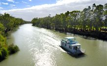Edward River Houseboats - SA Accommodation