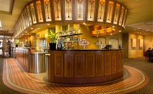 Royal Hotel Springwood - Springwood - SA Accommodation