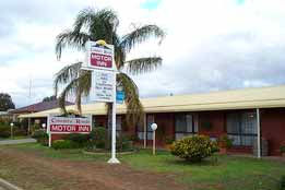 Country Roads Motor Inn - SA Accommodation