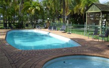 Greenwell Point Bowling and Sports Club Accommodation - SA Accommodation