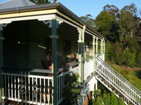 The Sanctuary Springbrook. Guest House / Cottage - SA Accommodation