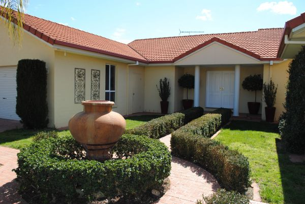 Casa Pizzini Bed and Breakfast - SA Accommodation