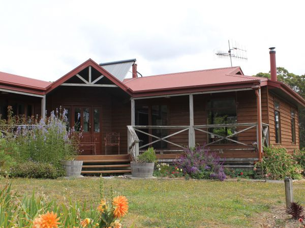 Eagle's Roost Farmstay BB - SA Accommodation
