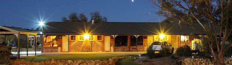 Morgan Colonial Motel - SA Accommodation