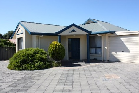 Robe Dolphin Court Apartments - SA Accommodation