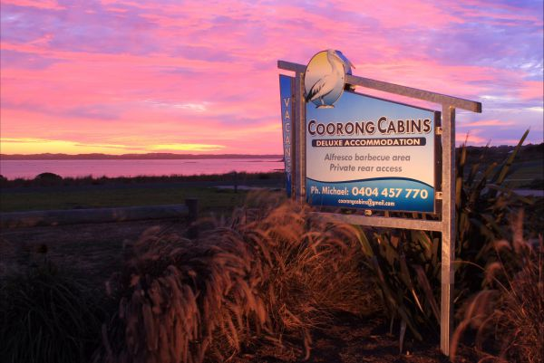 Coorong Cabins - SA Accommodation