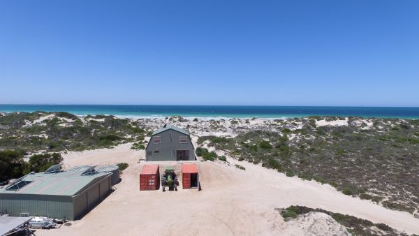 Fowlers Bay Beach House - SA Accommodation