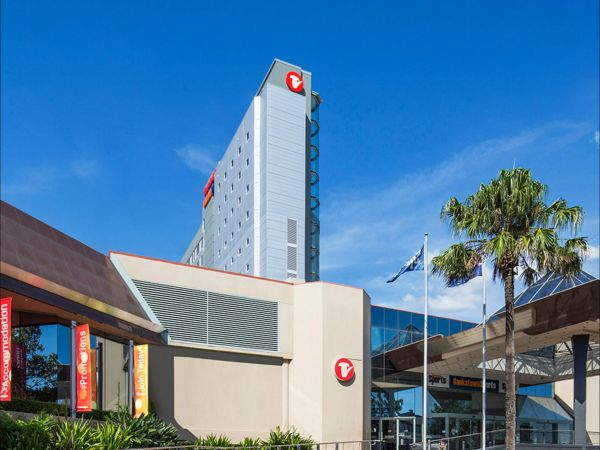 Travelodge Hotel Bankstown Sydney