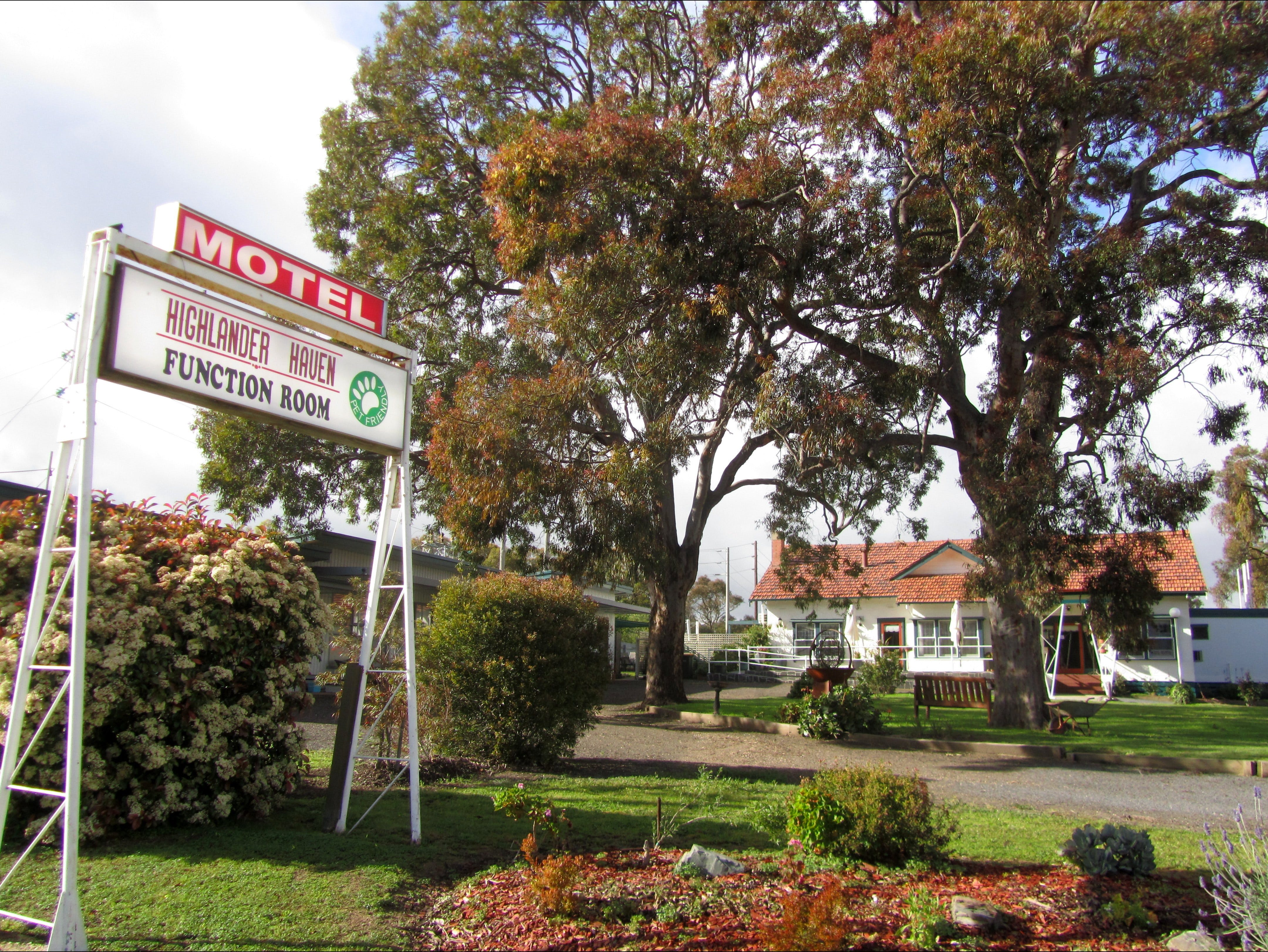 Highlander Haven Motel and Function Centre - SA Accommodation