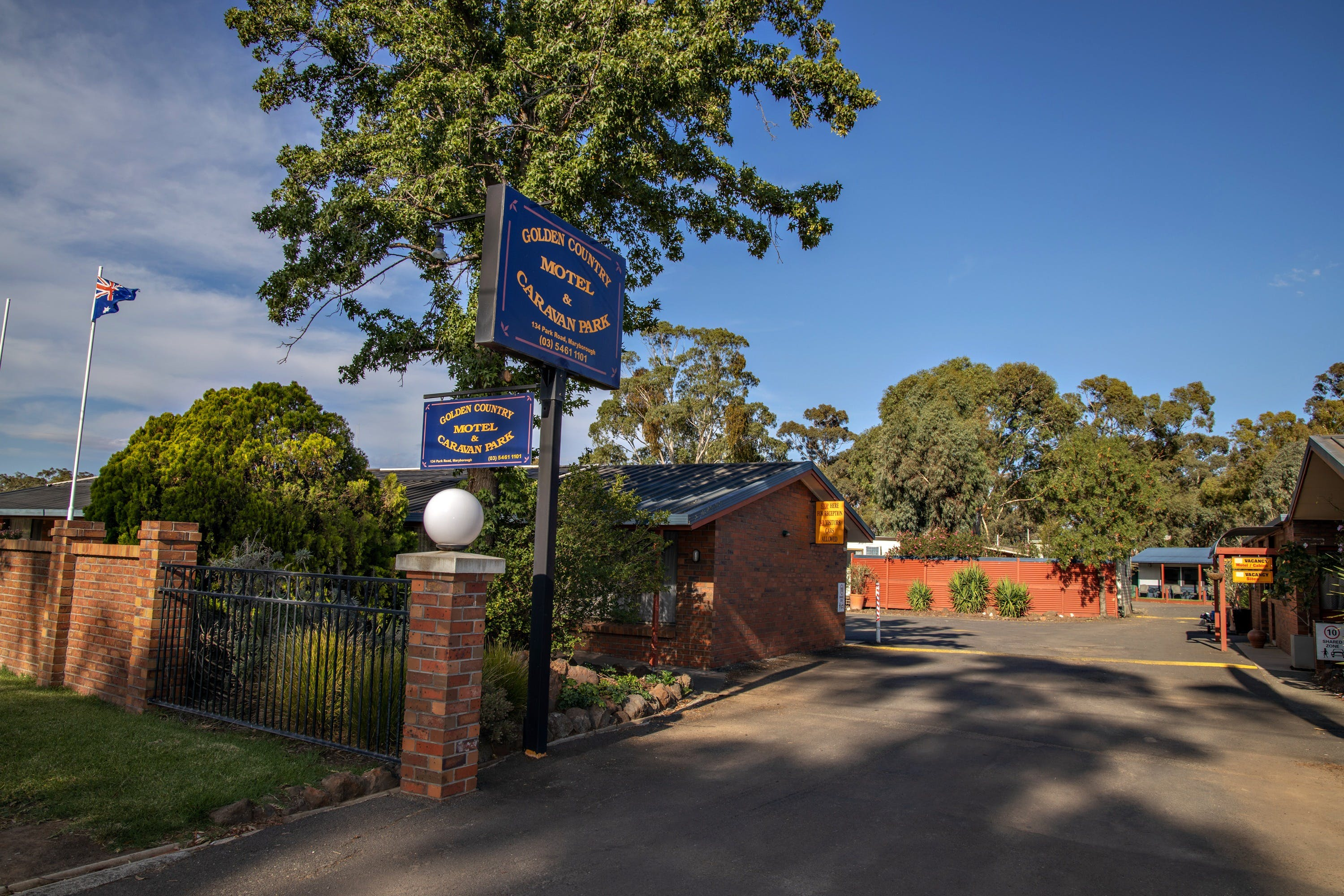 Golden Country Motel and Caravan Park - SA Accommodation