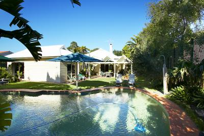 Waratah Brighton Boutique Bed And Breakfast - SA Accommodation